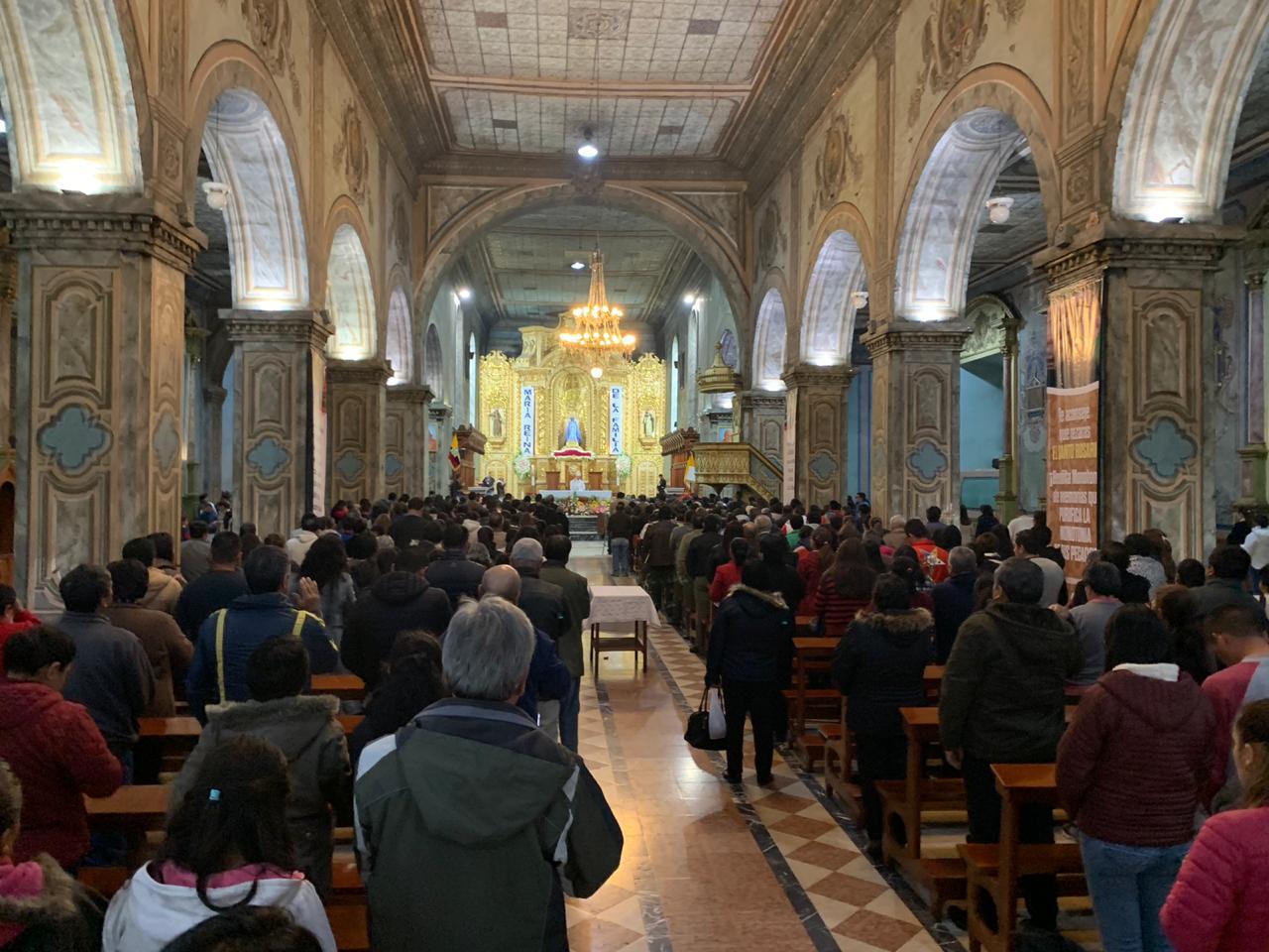 Con Eucaristía en honor a la Virgen de El Cisne inicia la agenda de la 190 Feria de Loja